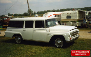 """1966 1100A Travelall <div class=""""download-image""""><a href=""""https://oldinternationaltrucks.com/wp-content/uploads/2021/02/1966-1100A-TRAVELALL.jpg"""" download><i class=""""fa fa-download""""></i> <span class=""""full-size""""></span></a></div>"""