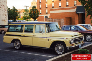 """1968 1000C Travelall <div class=""""download-image""""><a href=""""https://oldinternationaltrucks.com/wp-content/uploads/2021/02/1968-1000C-TRAVELALL.jpg"""" download><i class=""""fa fa-download""""></i> <span class=""""full-size""""></span></a></div>"""