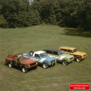 """1978 L to R scout SSII with baja package, terra pickup, green traveller, scout II <div class=""""download-image""""><a href=""""https://oldinternationaltrucks.com/wp-content/uploads/2021/02/1978-L-to-R-scout-SSII-with-baja-package-terra-pickup-green-traveller-scout-II.jpg"""" download><i class=""""fa fa-download""""></i> <span class=""""full-size""""></span></a></div>"""