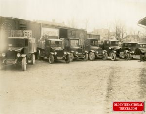 """Early1920s 1922-1925 Model 'S's <div class=""""download-image""""><a href=""""https://oldinternationaltrucks.com/wp-content/uploads/2021/03/Early1920s-1922-1925-Model-Ss.jpg"""" download><i class=""""fa fa-download""""></i> <span class=""""full-size""""></span></a></div>"""